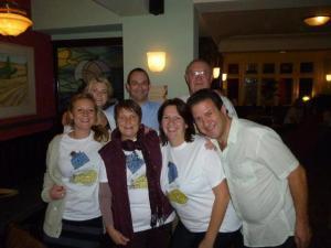 The winning team with the quiz master - Trevor and Landlady Lisa.